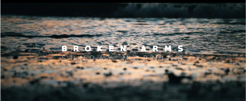 "Guarda in anteprima il video di ""Broken Arms"" dei Sunday Morning sul sito di Rumore"
